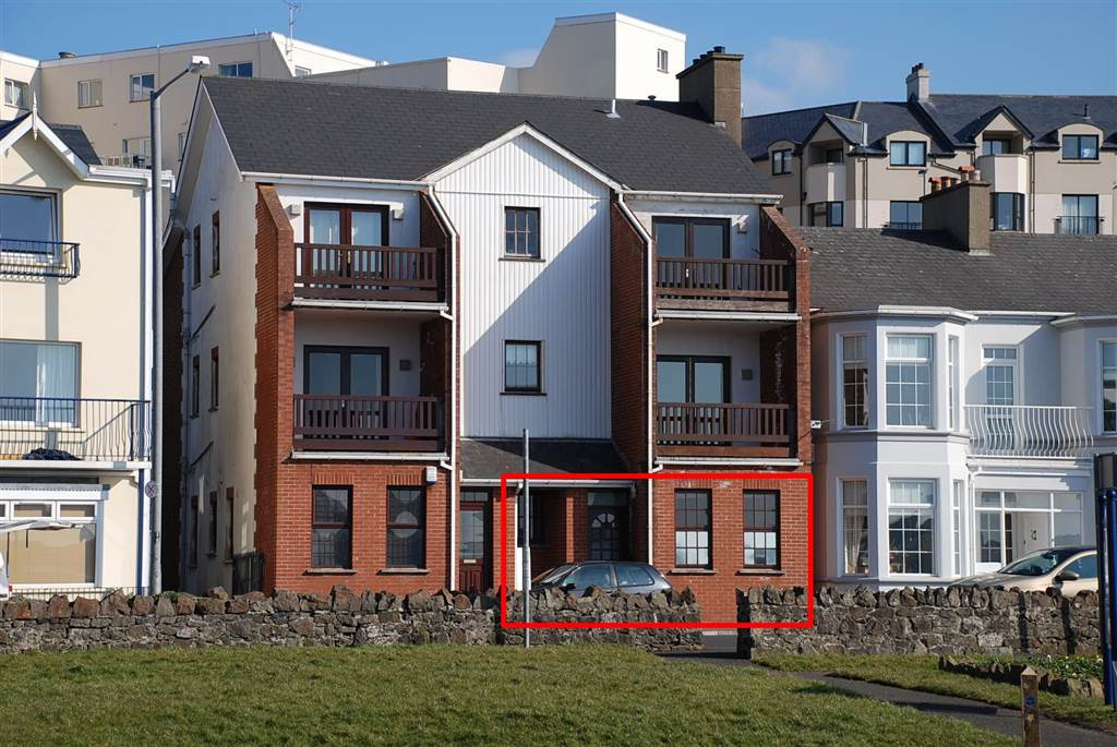 16 Coastal Links Apartments
